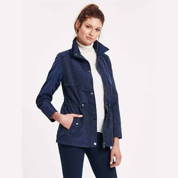 Coat short